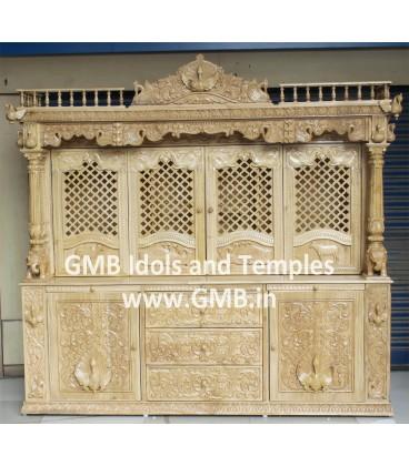 Pushtimargi Haveli Temple